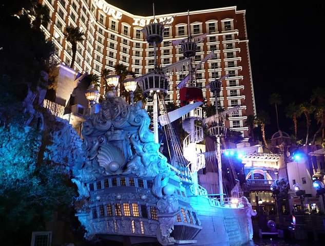 Youtube Treasure Island Las Vegas